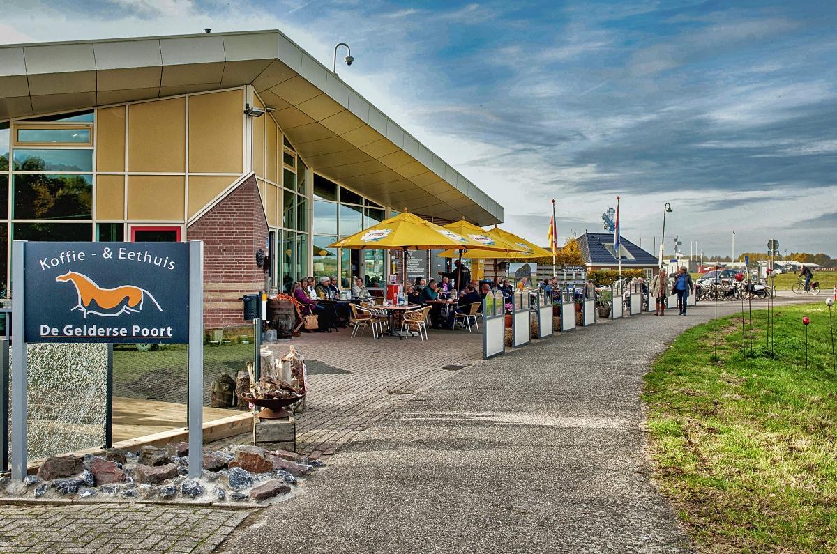 Shane Alexander & Maud Wilms in Millingen aan de Rijn | De Gelderse Poort